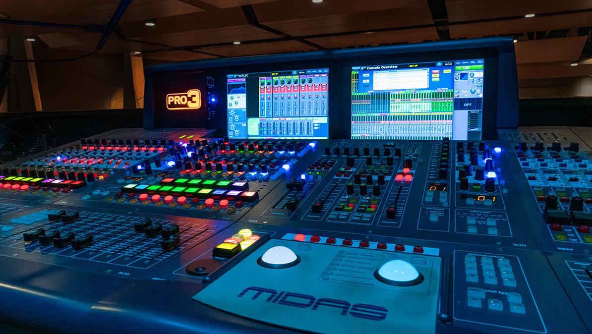 Miami Day School sound board